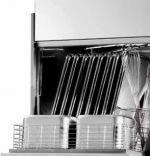 Masini de spalat cu incarcare frontala pentru navete, ustensile sau tavi