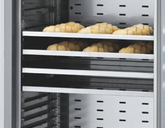 Dulap frigorific pentru produs finit - 20 tavi