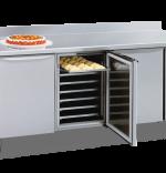 Masa pentru patiserie–cofetarie cu spatiu de depozitare cu congelare